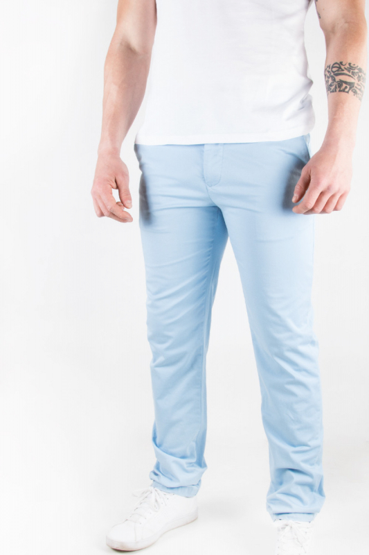 Pantalon chino ciel